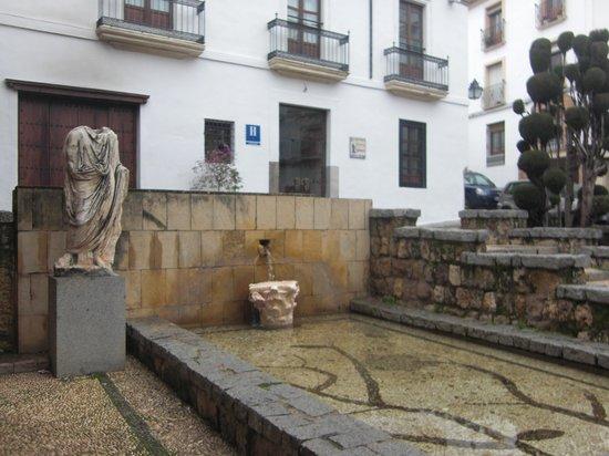 Hotel Plateros: Hotel desde plaza