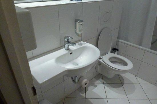 Novum Hotel Graf Moltke Hamburg: bathroom 1