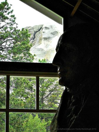 Mount Rushmore National Memorial : George Washington scale model looks out the window at George on the mountain