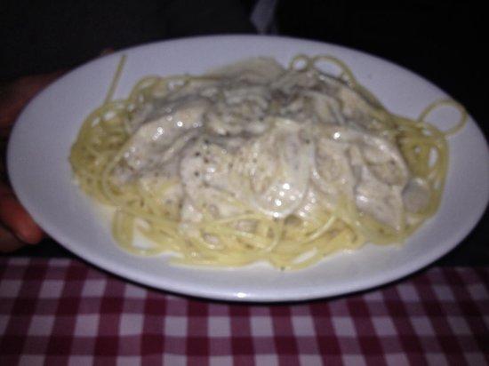 La Taverna de' Mercanti : Spaghetti cacio e pepe.
