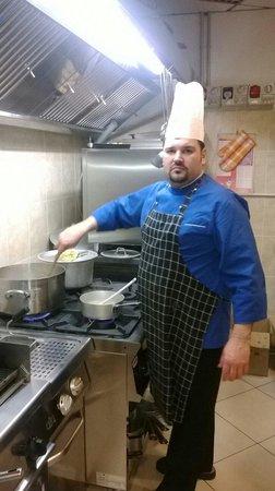 Montichiari, Italië: lo chef salvatore