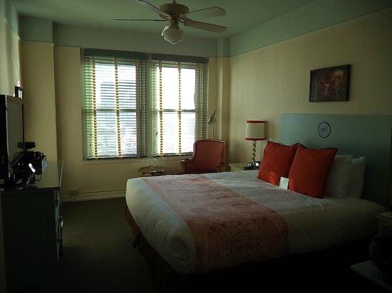 Hotel Carlton, a Joie de Vivre hotel : Room