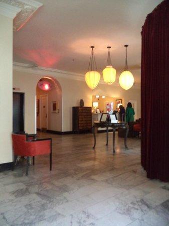 Hotel Carlton, a Joie de Vivre hotel : Lobby