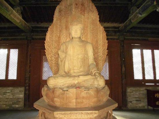 Huayan Temple of Datong: 上華厳寺の木の仏像