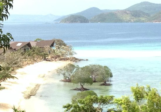 Two Seasons Coron Island Resort & Spa: The Last Bunglaow is the Island Tip Bungalow