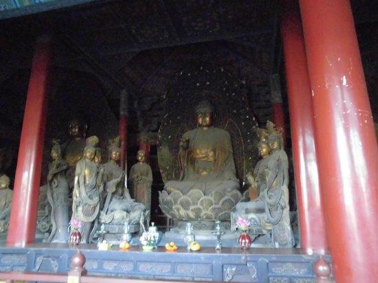 Huayan Temple of Datong: 下華厳寺の古い仏像群