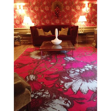 the marylebone hotel, beautiful sitting room.......