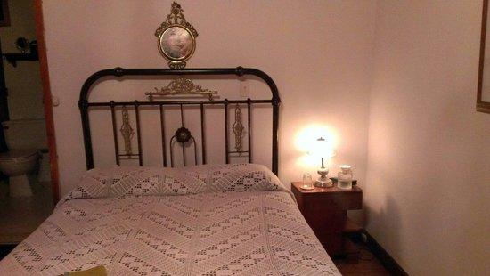 Finca Cafetera El Balso : Bett in Zimmer 3