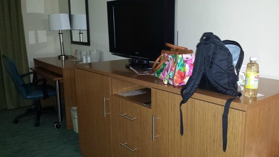Holiday Inn Express & Suites Jacksonville - Blount Island: Room 330 King