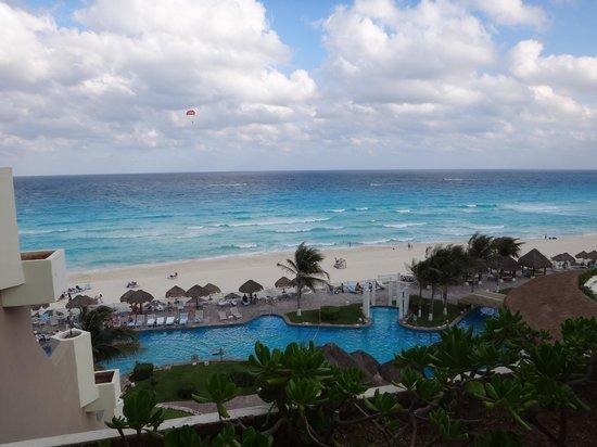 Paradisus Cancun : Playa y Piscina desde la Habitación
