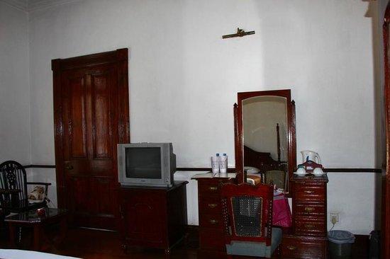 Queen's Hotel : Room 124
