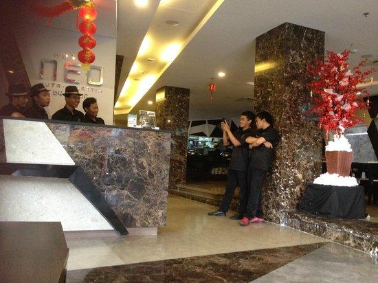 Hotel Neo Kuta Jelantik: Great Staff, always smiling.