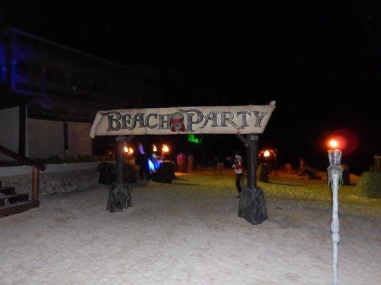 Iberostar Grand Hotel Rose Hall : party!!