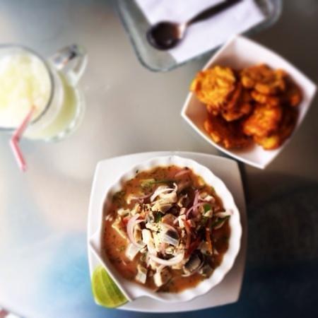 Lo&Lo Restaurant: ceviche with white fish and churo.