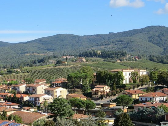 Discovery Chianti: View from the hill above Greve