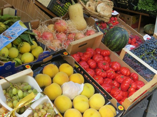 Discovery Chianti: fresh produce in Greve