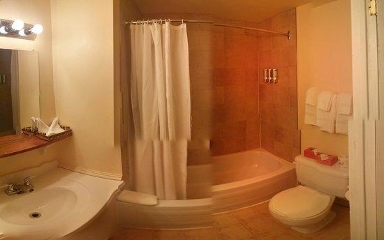 Hotel Jardin Ste-Anne: Bathroom