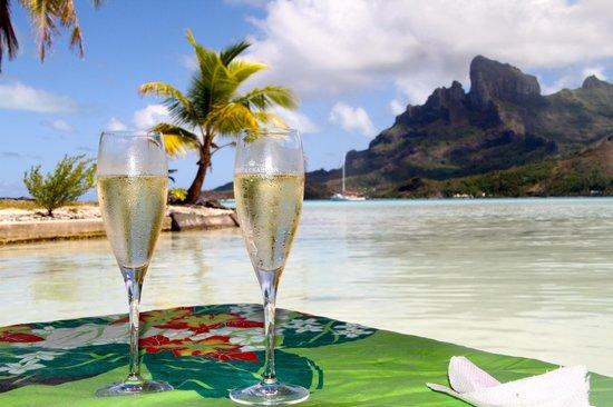 Maohi Nui : What a romantic shot....