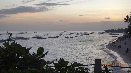 Amorita Resort : Sunset in the beach