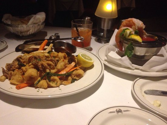 Truluck's Seafood, Steak and Crab House : Calamari...a table favorite