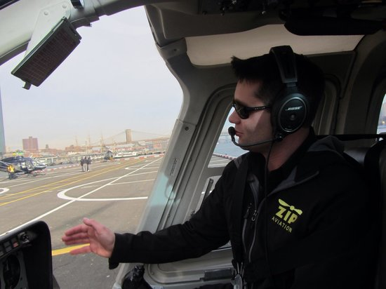 Manhattan Helicopters : James the pilot