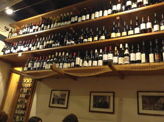 Cul de Sac Wine Bar: Большой выбор вин