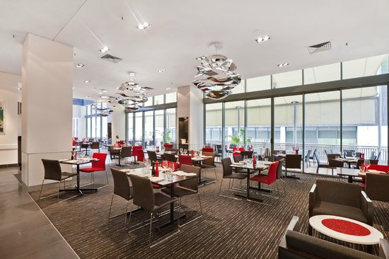 Novotel Brisbane: The Restaurant
