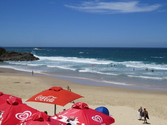 Flynns on Surf: Flynn's Beach