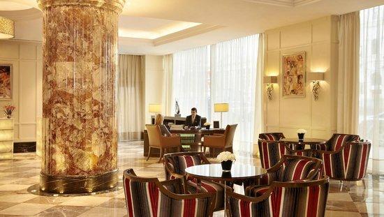 InterContinental Moscow Tverskaya Hotel: InterContinental Moscow Tverskaya Concierge desk
