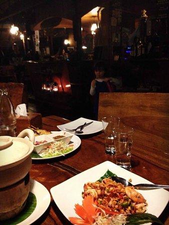 Tenta Nakara : Really Nice Food