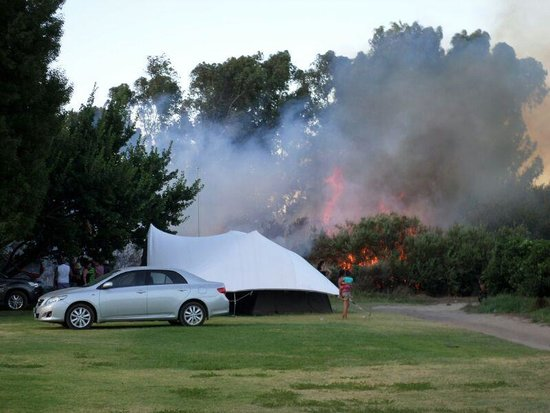 Wolfkop Camping Villages: Fires rage