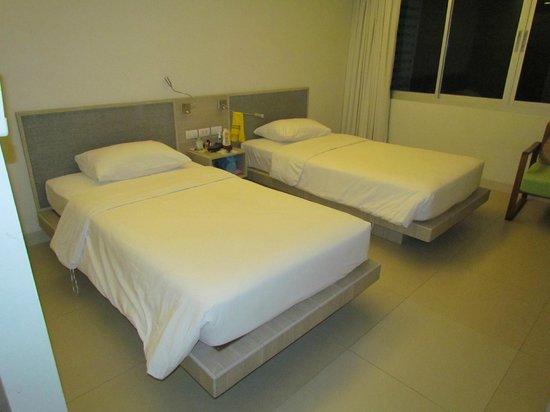 Sunshine Hotel & Residences: Спальня