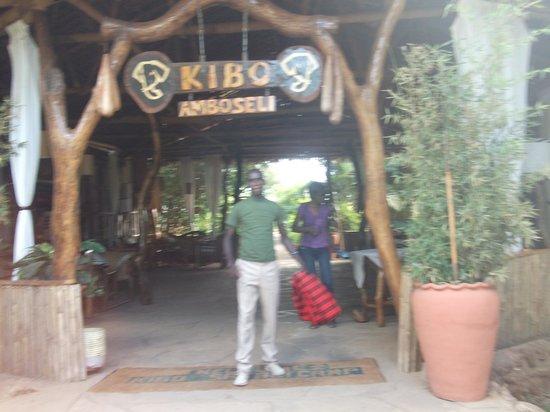 Kibo Safari Camp: kibo1