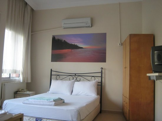 Caylan Hotel: room
