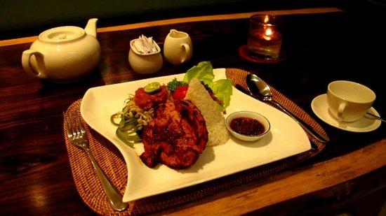 Salza Resto : Ayam Taliwang (local menu)