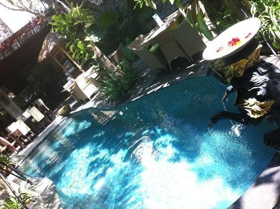 The Bali Dream Villa Seminyak : the restaurant & bar