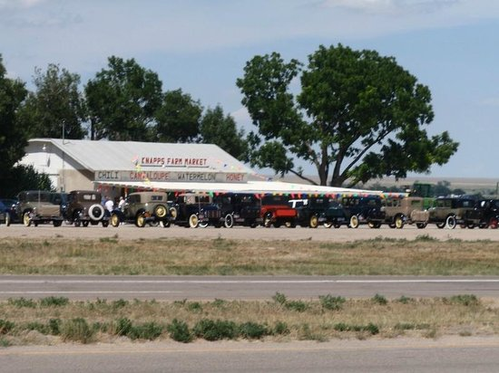 Rocky Ford, CO: Knapp's Farm Market old school...