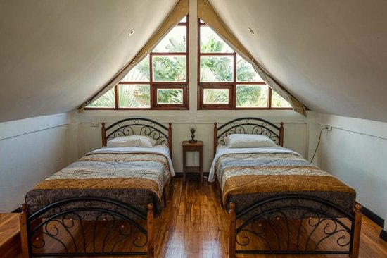 Rom-Yen Guest House: House - Twin size beds
