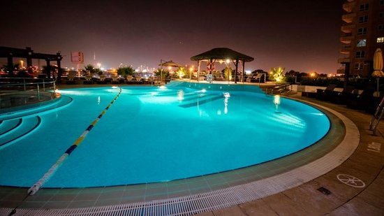 Swimming pool picture of copthorne hotel dubai dubai for Tripadvisor dubai hotels