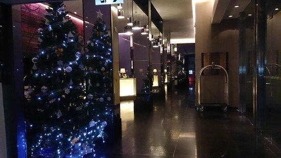 Radisson Suites Bangkok Sukhumvit : Lobbyn