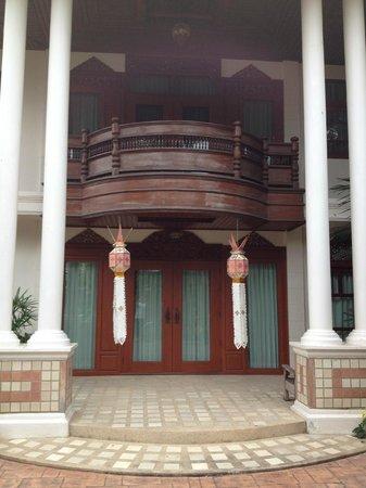 Pha-Thai House: proche de l'entré