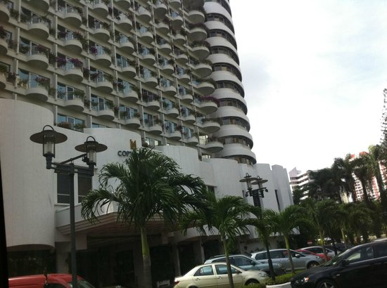 Copthorne King's Hotel Singapore : outer of the hotel