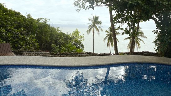 Padre Burgos Castle Resort: Pool view