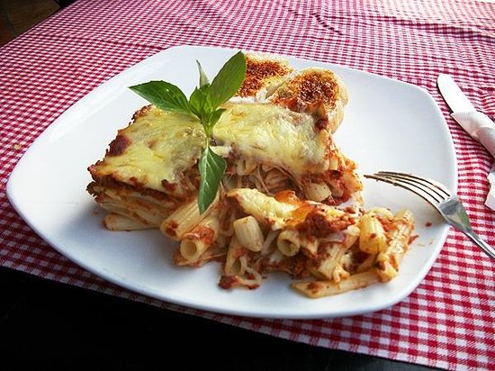 Belmiro's Pizza & Subs : Baked Ziti Pasta! It was beautiful before I started hacking into it!