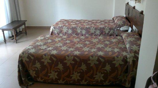 Hotel Lima Marbella: Comfy beds