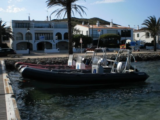 Diving Center Fornells: Barcos