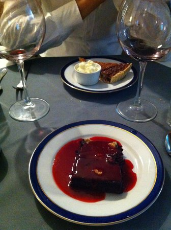 The London Street Atelier: Delicious brownie and cake
