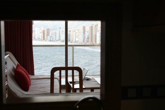 Apartamentos Lido: Sea view from kitchen!