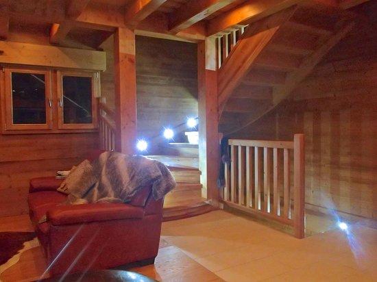 Mountain Spaces - Blue Bird Lodge : Luxury lighting throughout!