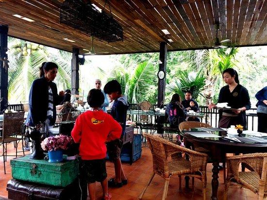 Marndadee Heritage River Village : Breakfast
